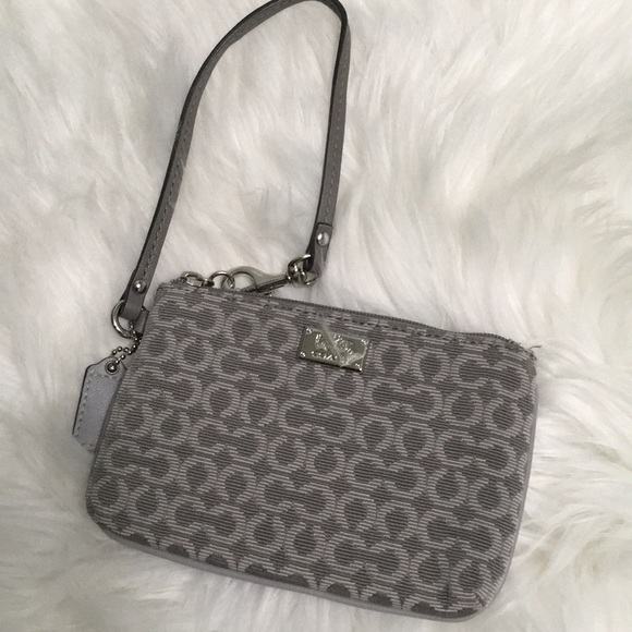 Coach Handbags - Coach purse wristlet